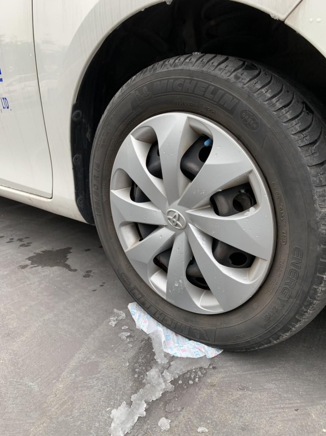 軟式保冷劑壓力測試-VIOS汽車-炸裂了